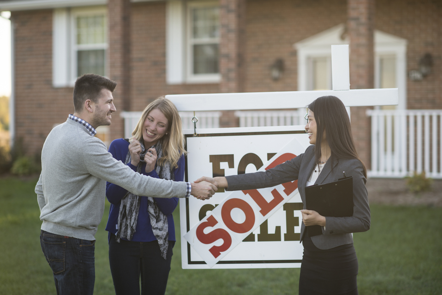 things to know about property agents - multiple property agents may not help sell your property faster