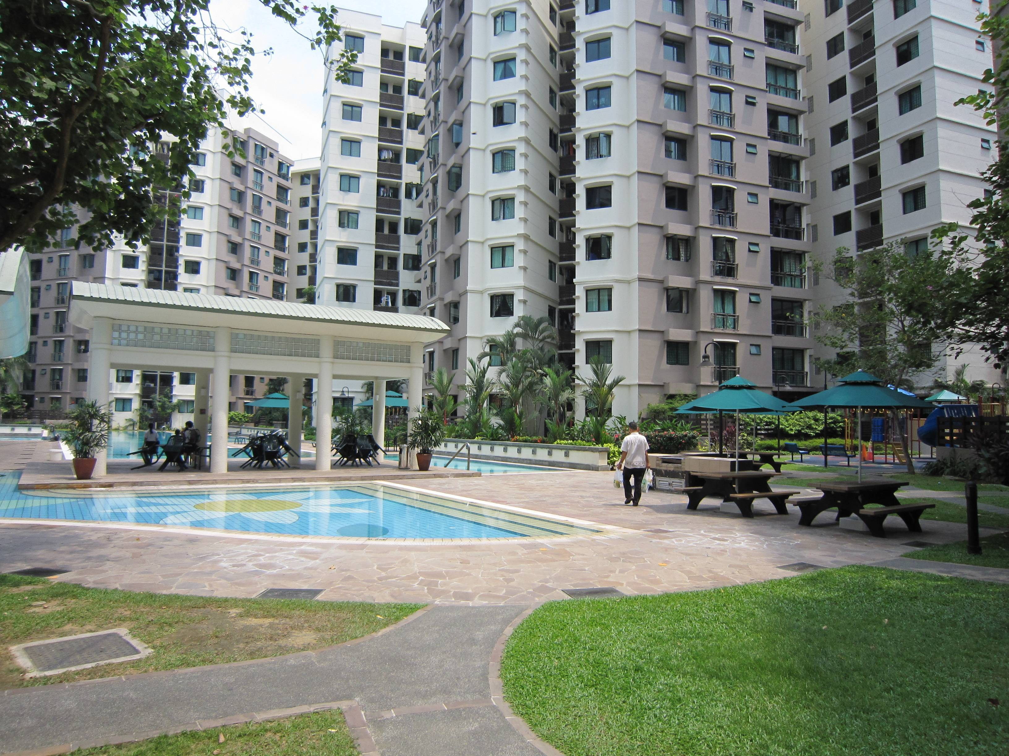 sCompleted in 1999, Simei Green is a privatised condo that still manages to attract high rental yields