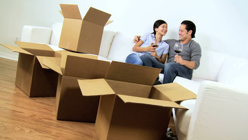 young-singaporeans-renting