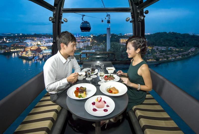dining-on-cloud-9