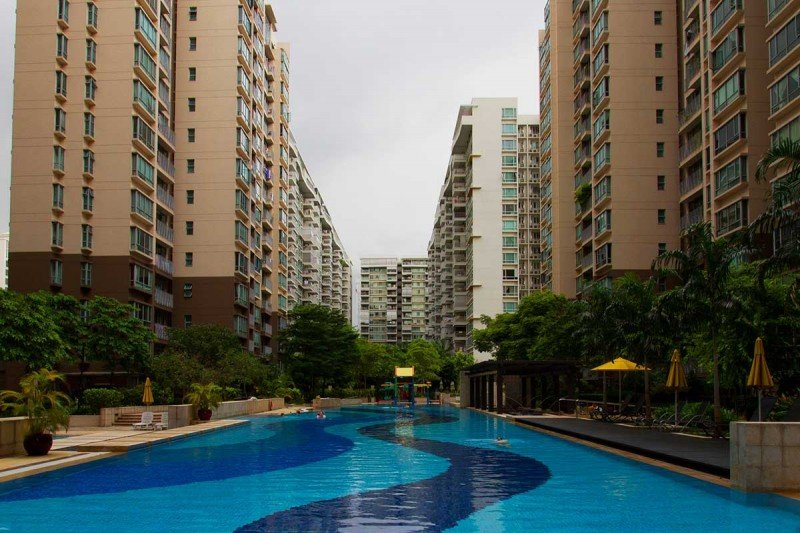 Lakeholmz is a 99-years leasehold development located at Corporation Road