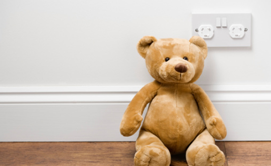 Child-proofing sockets