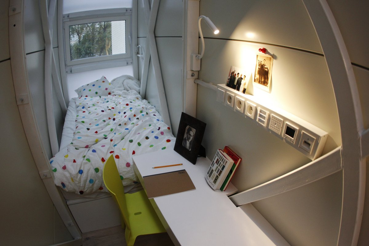 5 tiny apartments that people actually live in for Tiny apartment