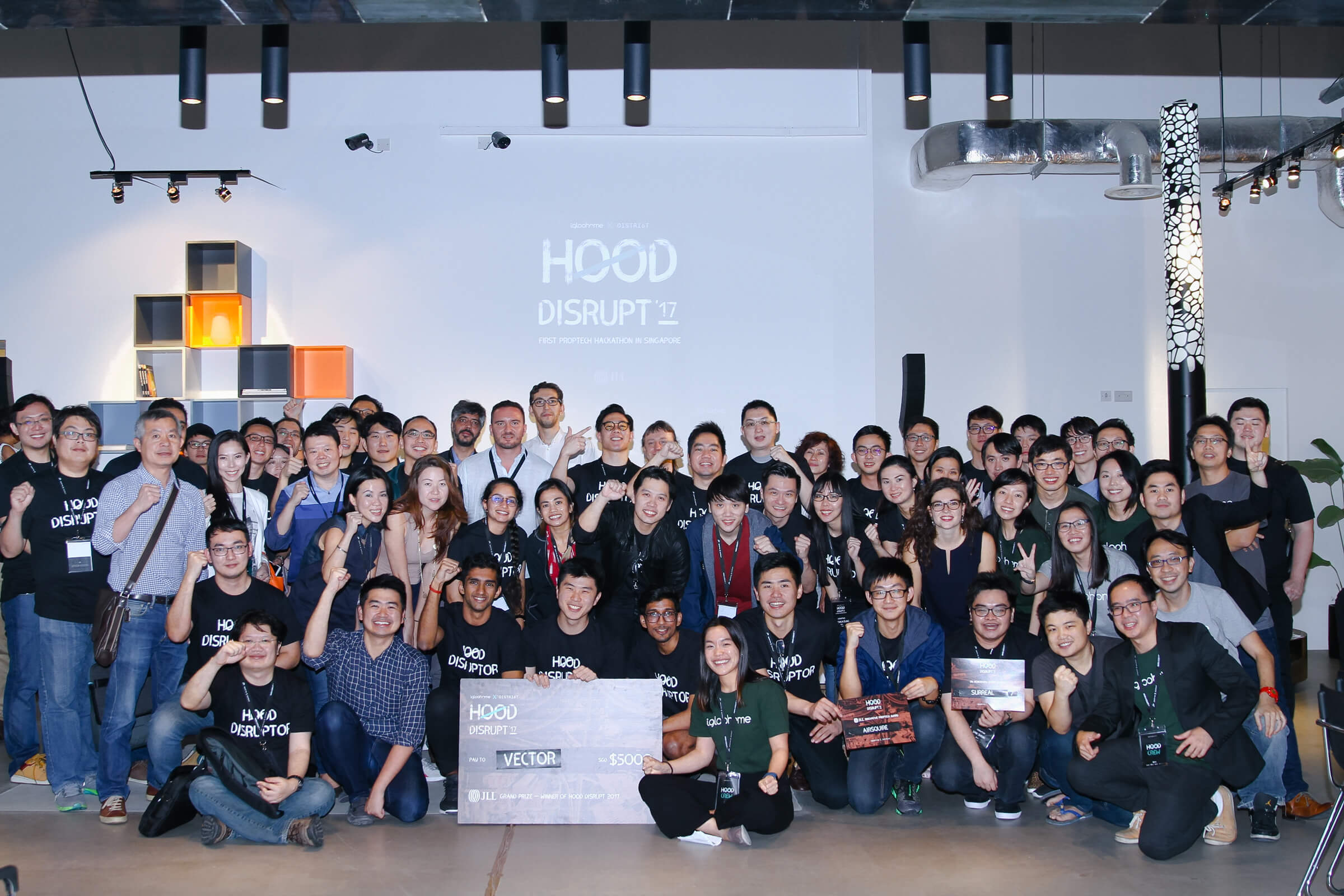 The group photo of participants at Asia's first property tech hackathon, Hood Dispute