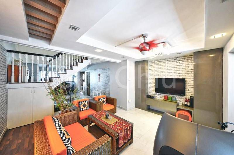 Executive maisonette Jurong West living