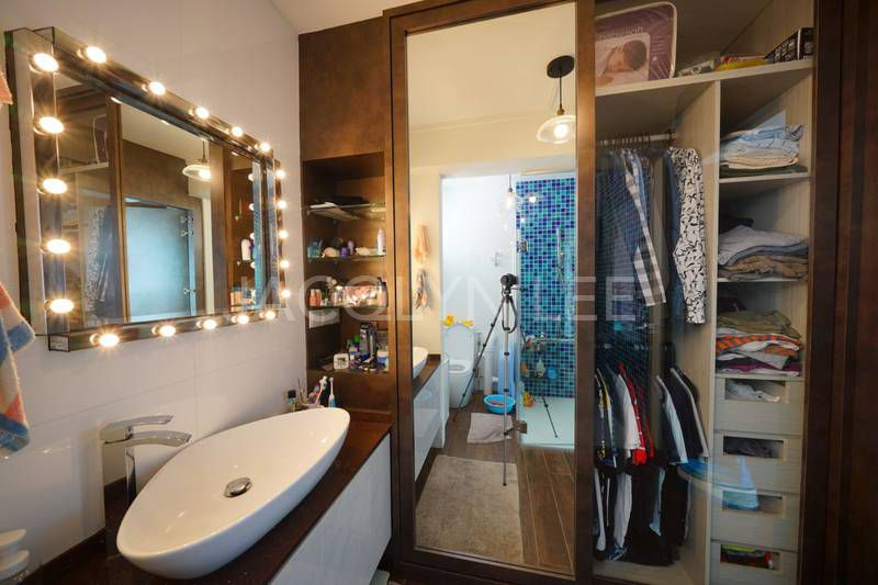 AHTC HDB for sale Bedok bathroom