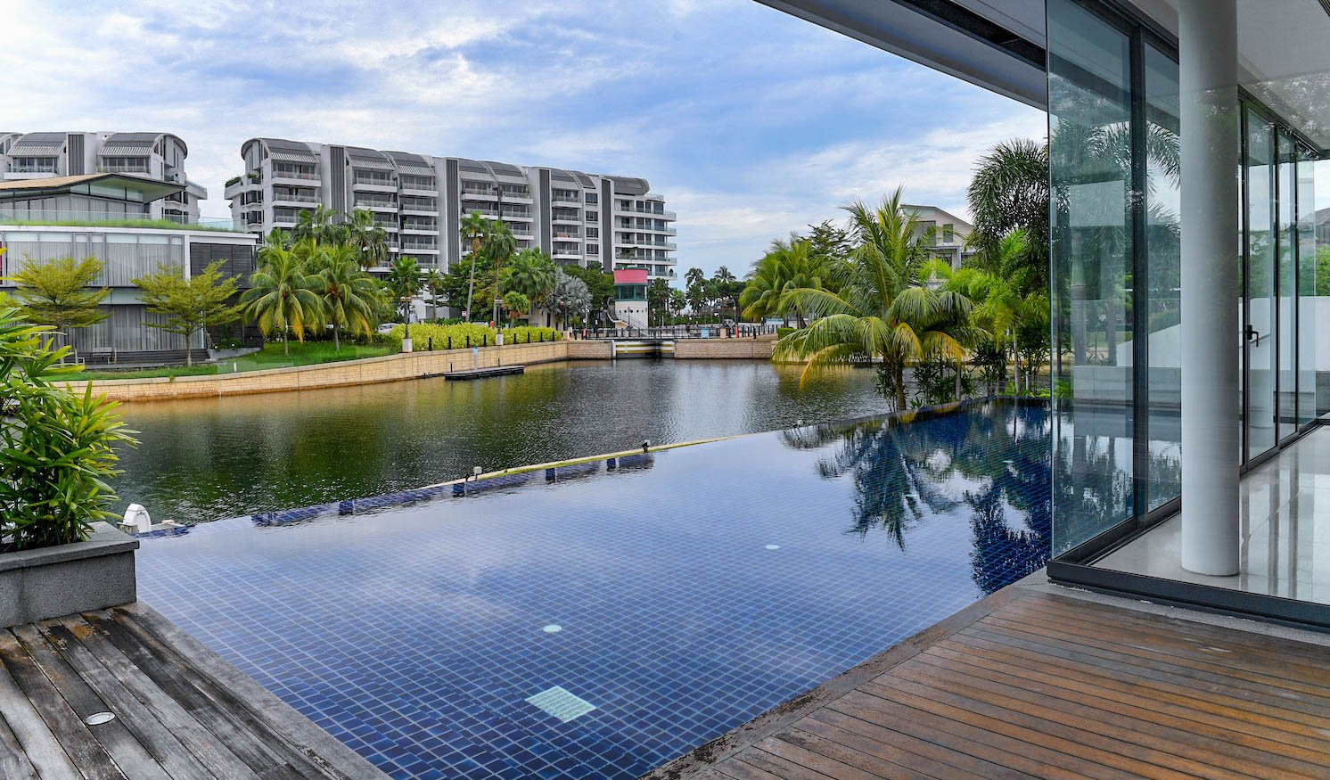 Waterfront villas at Pearl Island come with private pool