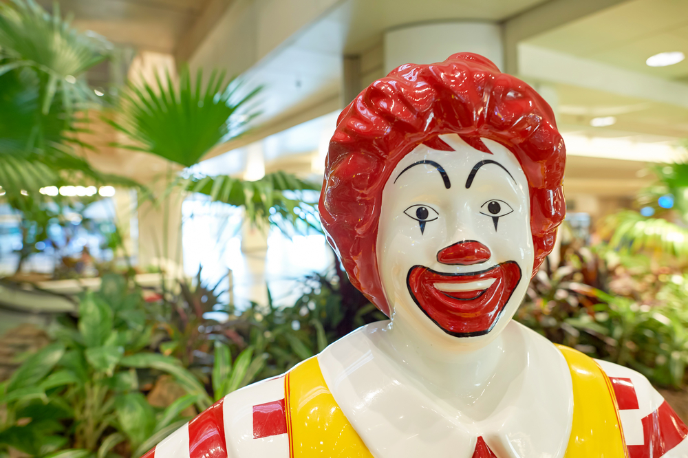 Ronald McDonalds up close