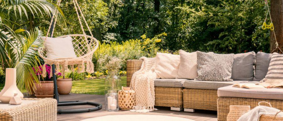 Outdoor Living Room in Backyard Garden