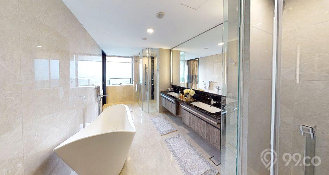 wallich residences penthouse master bathroom
