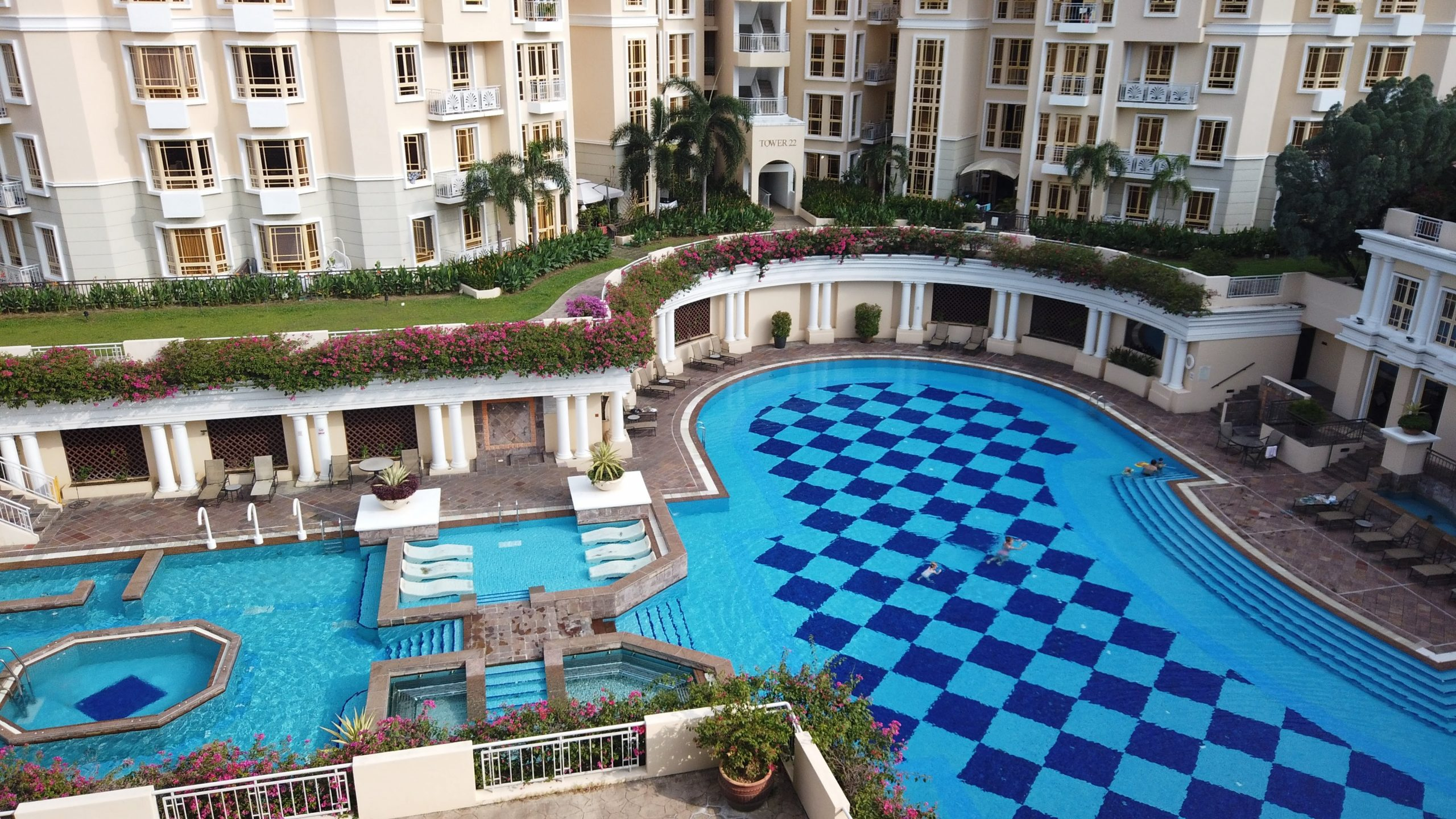 villa marina condo pool