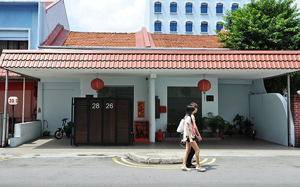 geylang brothel red light district Singapore day