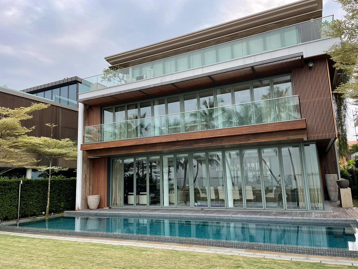 glass sentosa cove swimming pool facade