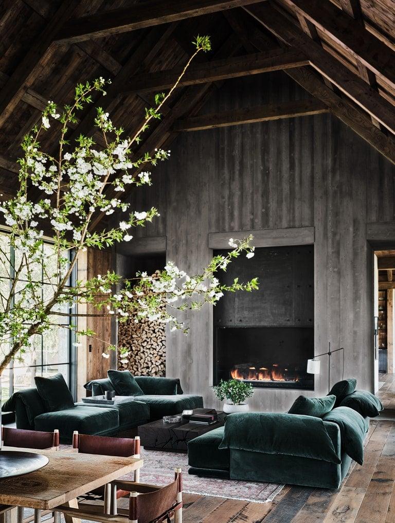 Ashton Kutcher and Mila Kunis' living room