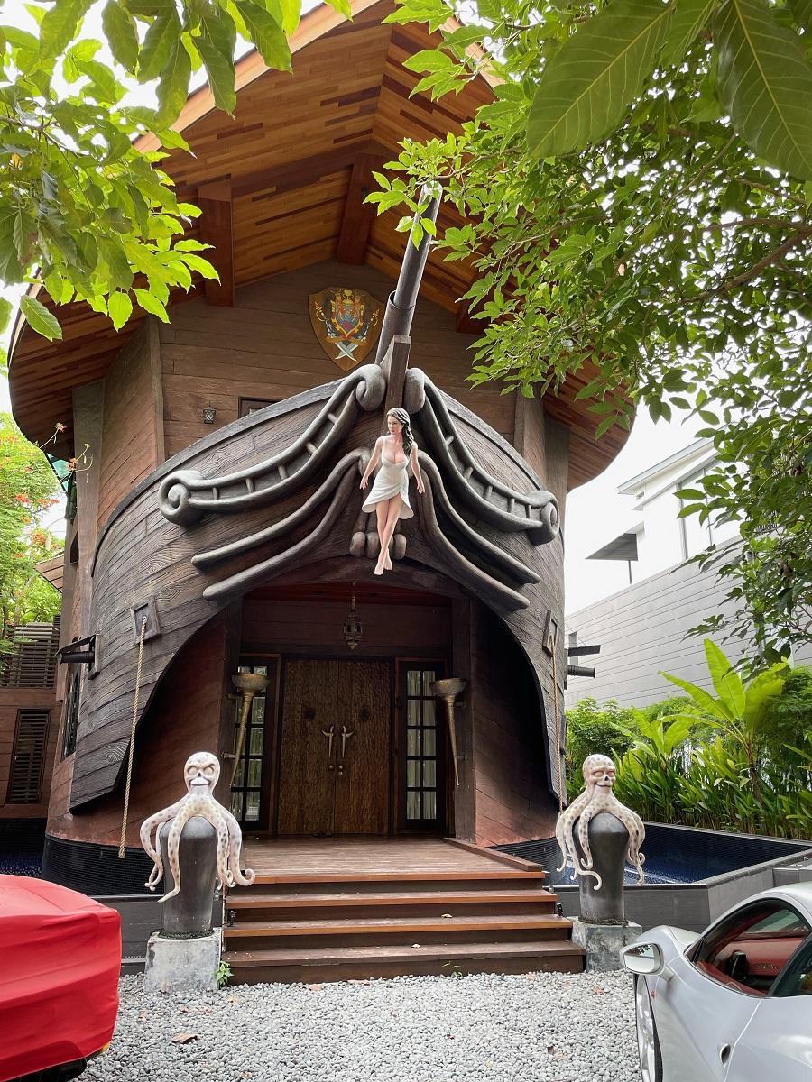 Sentosa cove pirates Caribbean facade house